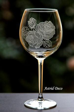 Pahar vin - Trandafiri