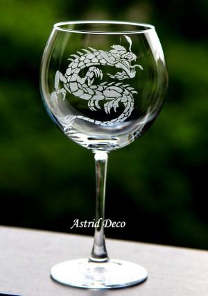Pahar vin gravat - Dragon