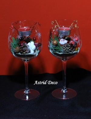 Aranjament in pahar vin
